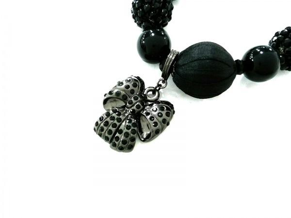 トゥービーシック ネックレス美品  プラスチック×金属素材×化学繊維 黒×シルバー