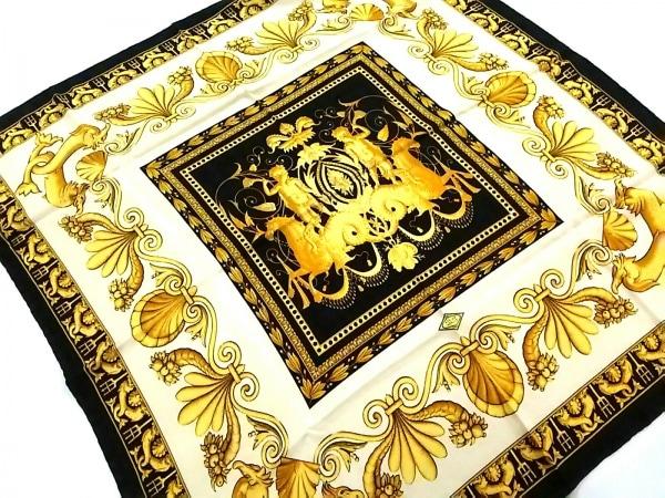 ATELIER VERSACE(アトリエヴェルサーチ) スカーフ美品  アイボリー×黒×ゴールド