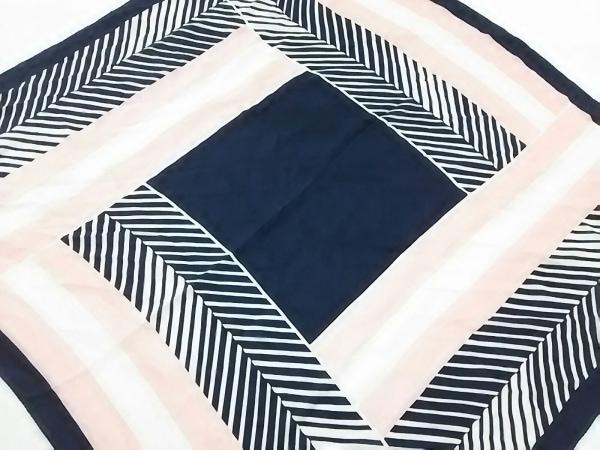 クリアインプレッション スカーフ美品  ダークネイビー×ピンク×白