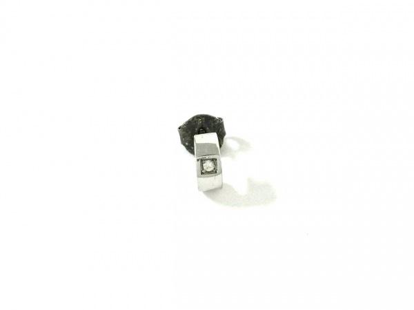 ノーブランド ピアス美品  K18WG×ダイヤモンド クリア 総重量:1.0g/片側のみ