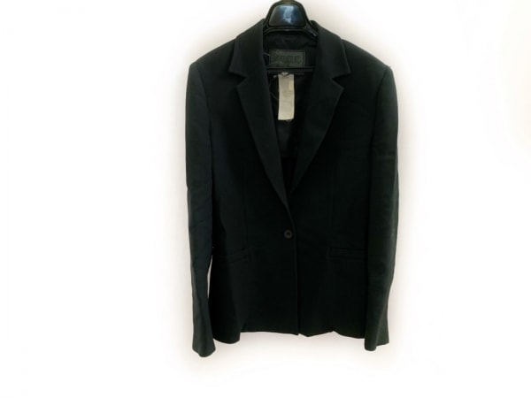 VERSUS(ヴェルサス) ジャケット サイズ28ー42 レディース 黒