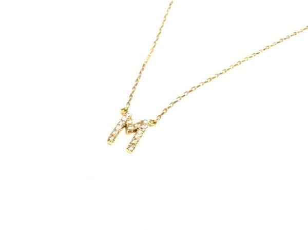 AHKAH(アーカー) ネックレス美品  K18YG×ダイヤモンド 0.06カラット/イニシャルM