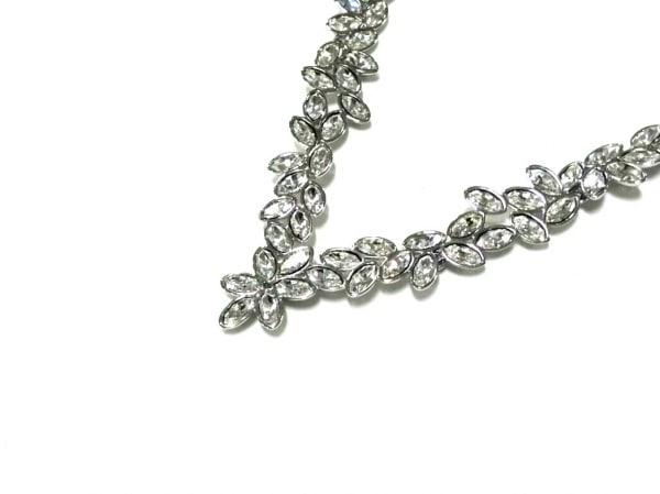 SWAROVSKI(スワロフスキー) ネックレス新品同様  金属素材×スワロフスキークリスタル