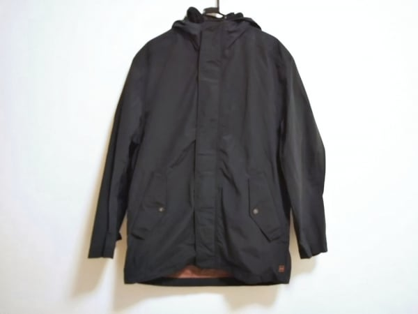 HUGOBOSS(ヒューゴボス) コート メンズ美品  黒 ジップアップ/冬物