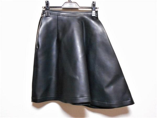 COMMEdesGARCONS(コムデギャルソン) スカート サイズS レディース 黒 フェイクレザー