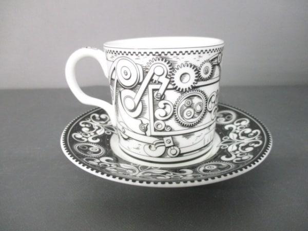 Royal Crown Derby(ロイヤルクラウンダービー) カップ&ソーサー新品同様  白×黒 陶器
