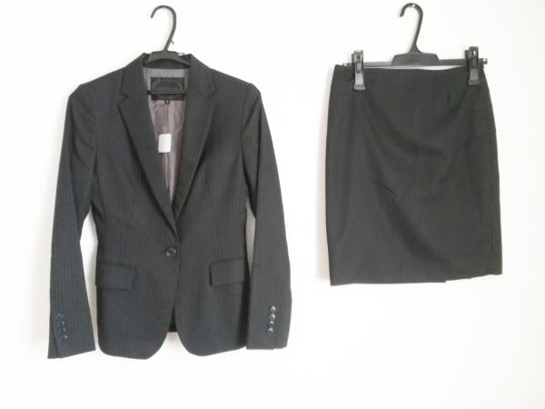 UNTITLED(アンタイトル) スカートスーツ サイズ1 S レディース美品  黒 ストライプ