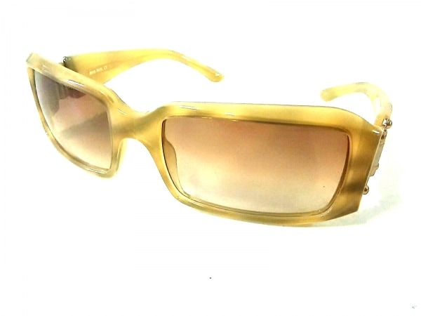 ミュウミュウ サングラス 56ロ17 125美品  SMU03G ブラウン×ベージュ×マルチ