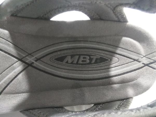 MBT(マサイベアフットテクノロジー) サンダル 26 レディース 黒×グレー×白 ヌバック