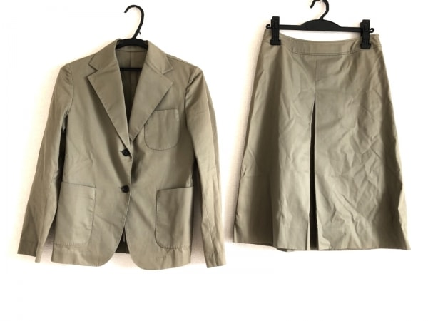 DRESSTERIOR(ドレステリア) スカートスーツ サイズ38 M レディース ベージュ
