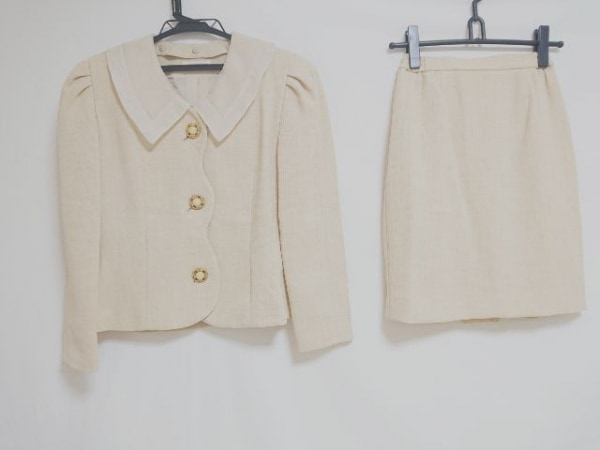 YUKITORII(ユキトリイ) スカートスーツ サイズ9 M レディース ベージュ×アイボリー