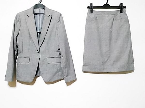 コムサイズム スカートスーツ サイズS レディース グレー×白 ストライプ