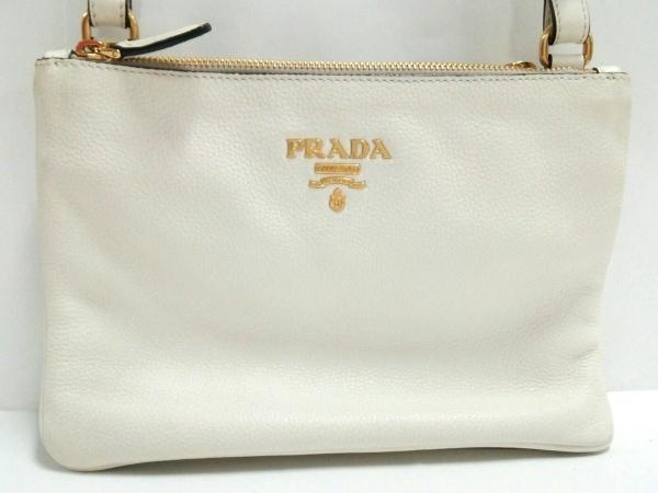 PRADA(プラダ) ショルダーバッグ - 白 レザー