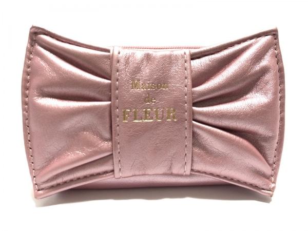 メゾンドフルール 小物入れ美品  ピンク ラウンドファスナー/リボン 合皮