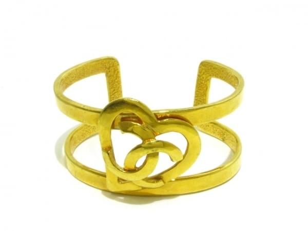 CHANEL(シャネル) バングル美品  金属素材 ゴールド ハート/ココマーク