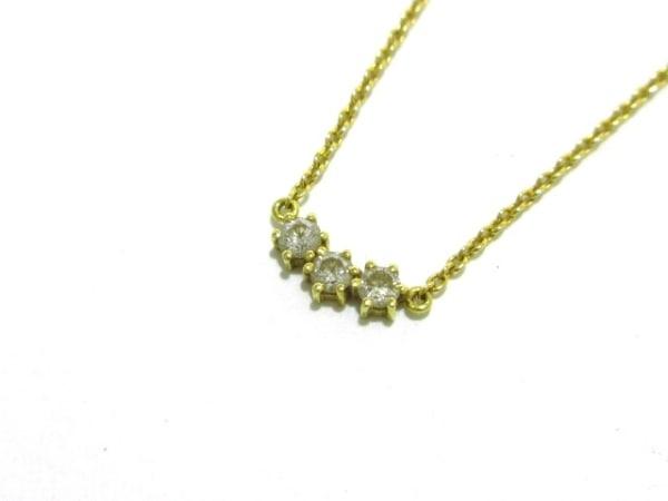 AHKAH(アーカー) ネックレス美品  K18YG×ダイヤモンド 3Pダイヤ