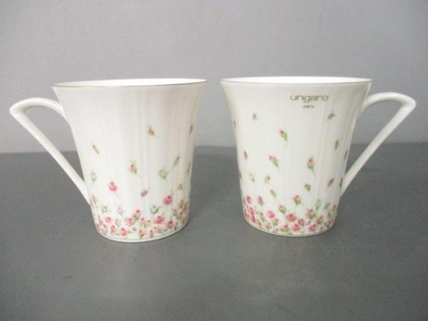 ウンガロ マグカップ新品同様  白×ピンク×グリーン 花柄/マグカップ×2 陶器