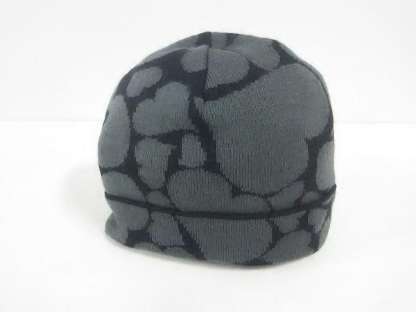 ヴィヴィアンウエストウッドアクセサリーズ ニット帽美品  ダークグレー×黒 ハート柄