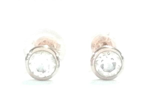 オレフィーチェ ピアス新品同様  - - K18YG×ダイヤモンド 合計0.2カラット