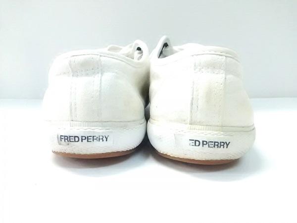 FRED PERRY(フレッドペリー) スニーカー メンズ アイボリー×グリーン キャンバス