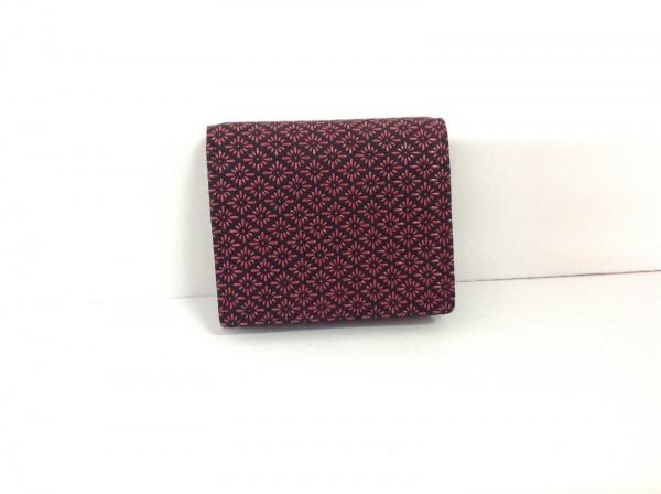 印傳屋(インデンヤ) 2つ折り財布 黒×レッド レザー×漆
