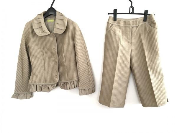 リコヒロコビス レディースパンツスーツ サイズ11 M レディース美品  ベージュ