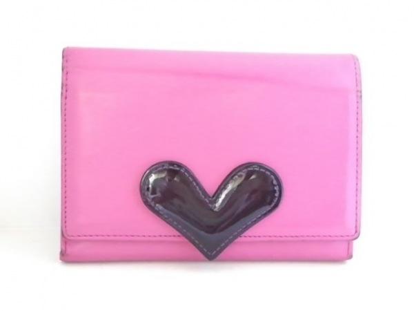 UNOKANDA(ウノカンダ) 2つ折り財布 ピンク×黒 ハート レザー×エナメル(レザー)