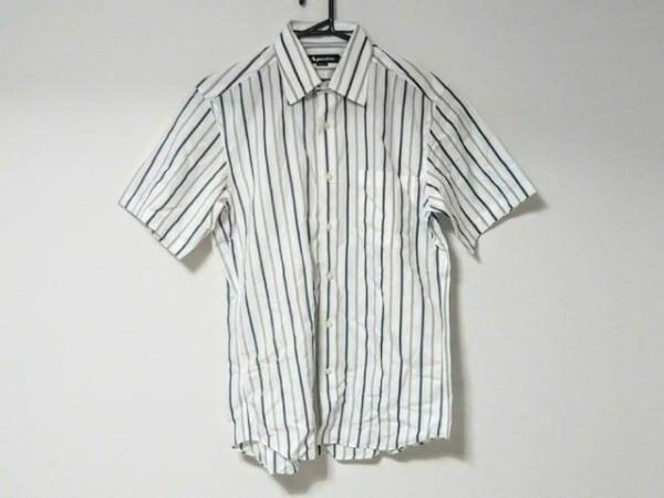 アクアスキュータム 半袖シャツ サイズM メンズ美品  白×グレー×ネイビー