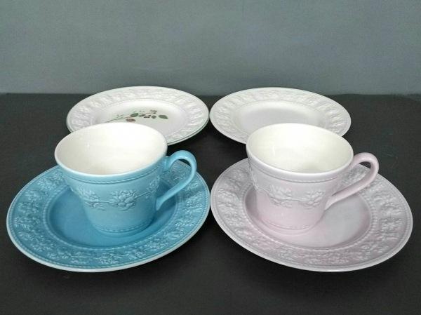 WEDG WOOD(ウェッジウッド) 食器新品同様  FESTIVITY 白×マルチ 陶器