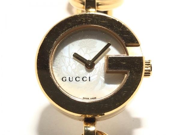 GUCCI(グッチ) 腕時計美品  チャームウォッチ 107 レディース アイボリー
