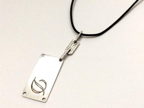 Dupont(デュポン) ネックレス美品  金属素材×化学繊維 シルバー×黒