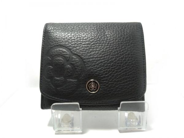 CLATHAS(クレイサス) 2つ折り財布 黒 型押し加工 レザー