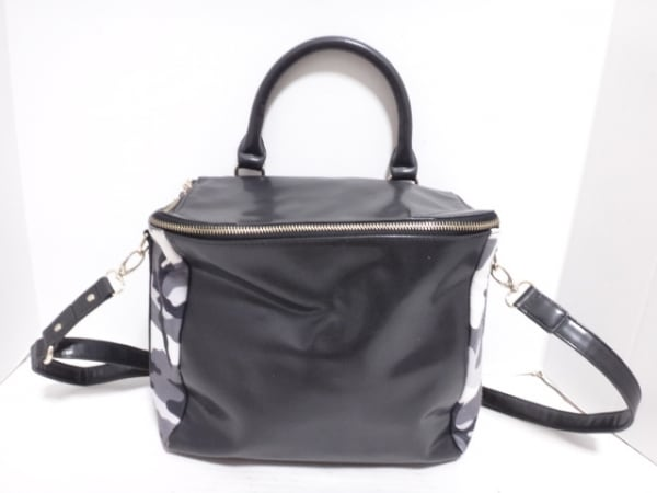 moussy(マウジー) ハンドバッグ 黒×白×マルチ 迷彩柄 合皮×化学繊維