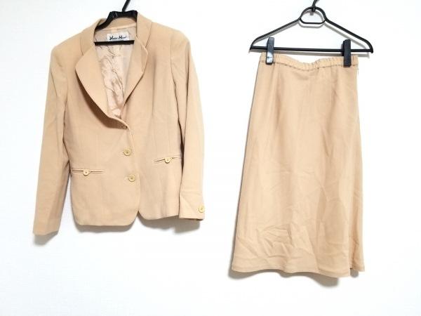 YUKIKO HANAI(ユキコハナイ) スカートスーツ サイズ9 M レディース美品  ベージュ
