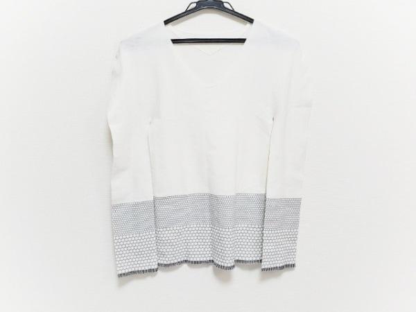 イッセイミヤケ 長袖セーター サイズ2 M レディース ドット/Vネック/切りっぱなし加工