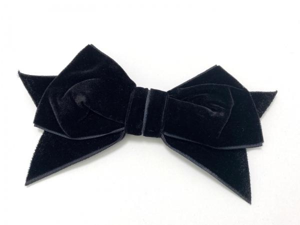 CHANEL(シャネル) ブローチ美品  ベロア 黒 リボン