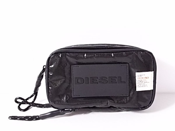 DIESEL(ディーゼル) ポーチ美品  黒 化学繊維