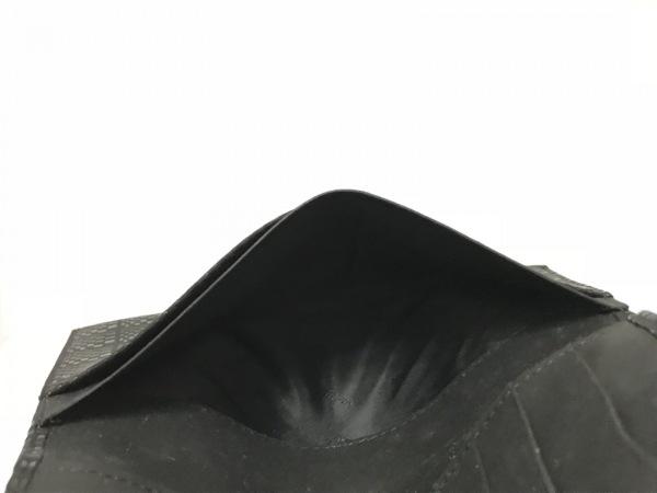 印傳屋(インデンヤ) 長財布 黒 型押し加工 レザー×漆