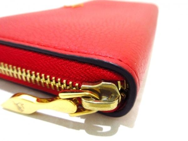 クリスチャンルブタン 長財布美品  パネトーネ 1185061 レッド ラウンドファスナー