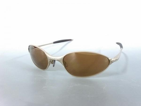 OAKLEY(オークリー) サングラス美品  - - ダークブラウン×ゴールド WIRE 金属素材
