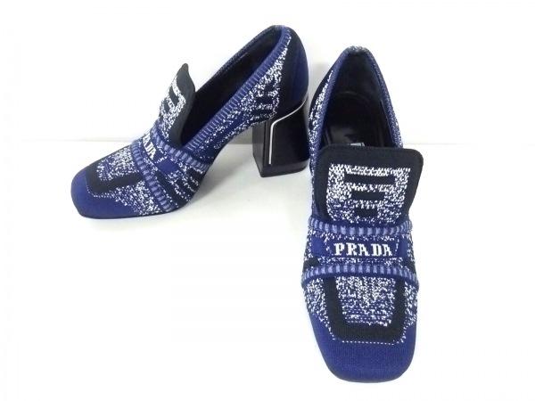 PRADA(プラダ) パンプス 34 1/2 レディース ブルー×黒×白 ニット 化学繊維