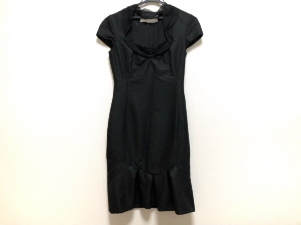 VALENTINO(バレンチノ) ドレス サイズ6 M レディース美品  黒 HIVER 2008