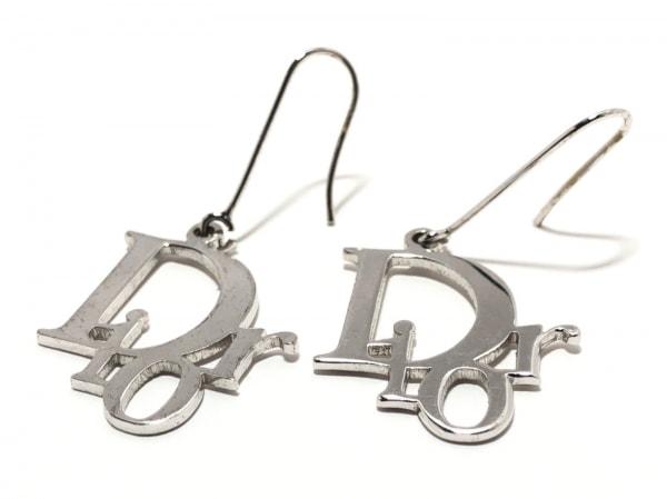 ChristianDior(クリスチャンディオール) ピアス 金属素材 シルバー DIORモチーフ
