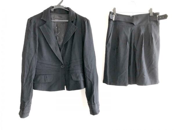 ビーシービージーマックスアズリア スカートスーツ サイズS レディース 黒