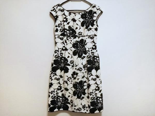 ミュゼドウジ ワンピース サイズ38 M レディース美品  黒×アイボリー 花柄