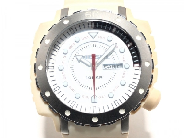 DIESEL(ディーゼル) 腕時計美品  DZ-1168 メンズ ラバーベルト 白
