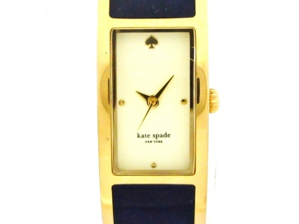 Kate spade(ケイト) 腕時計美品  - 0052 レディース バングルウォッチ アイボリー