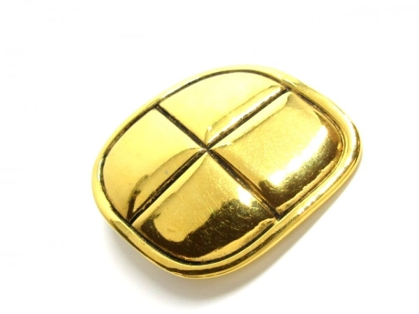 CHANEL(シャネル) ブローチ美品  金属素材 ゴールド
