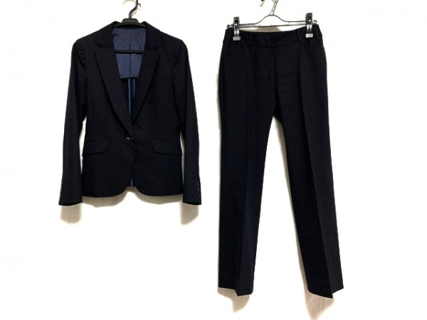 ru(アールユー) レディースパンツスーツ サイズM レディース美品  ネイビー