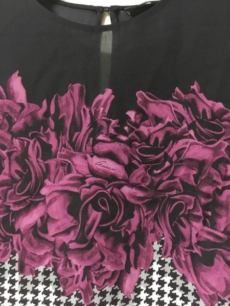 グッチ チュニック サイズ42 M レディース美品  黒×パープル×白 千鳥格子/花柄